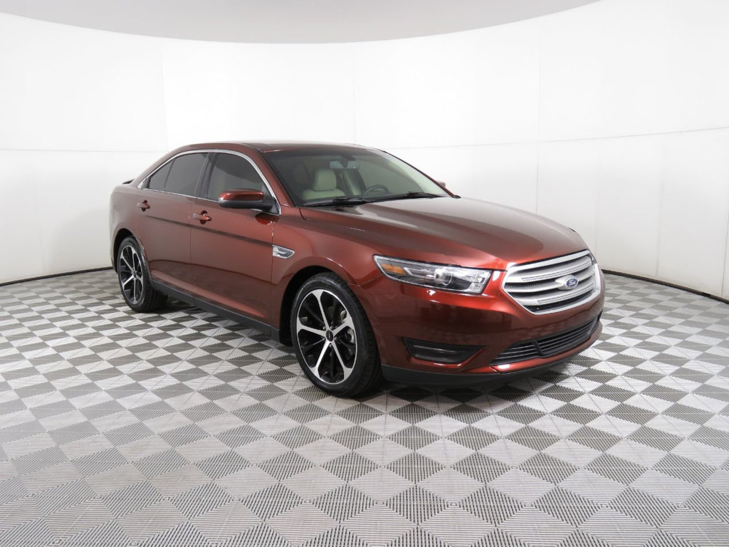 Pre-Owned 2016 Ford Taurus 4dr Sedan SEL FWD