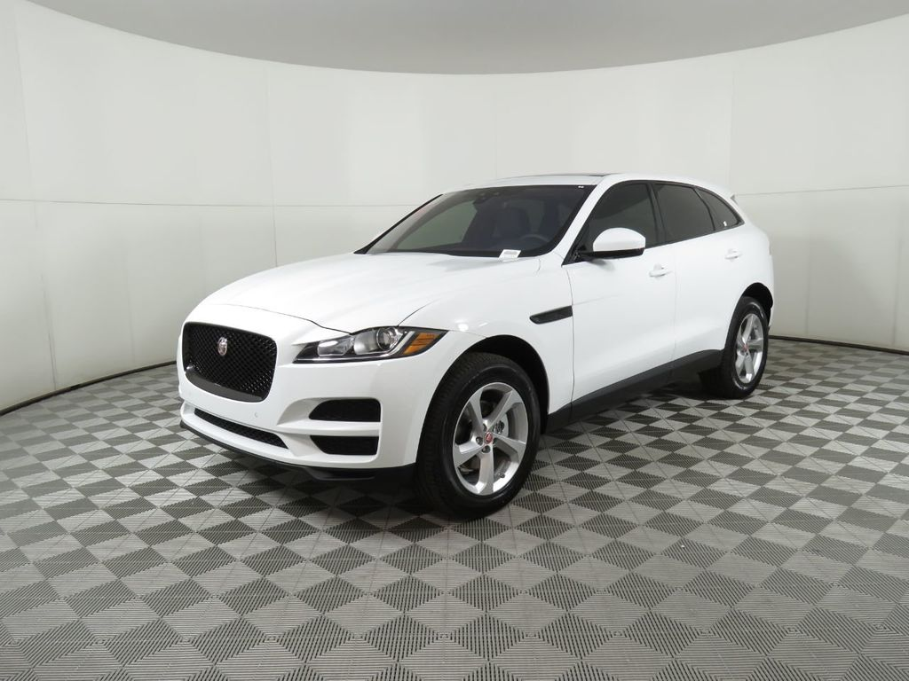 New 2020 Jaguar F-PACE COURTESY VEHICLE