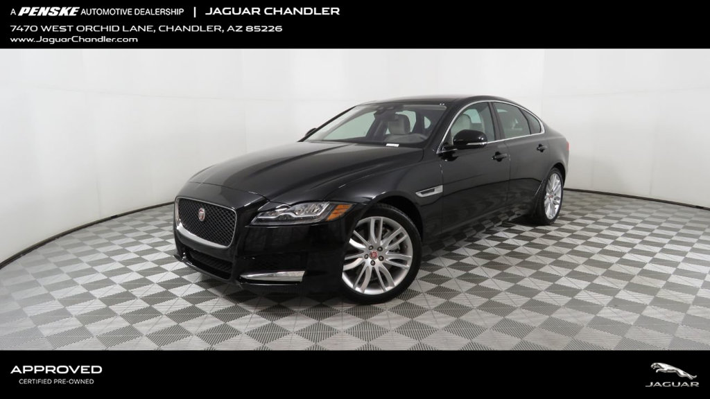 Certified Pre-Owned 2016 Jaguar XF 4dr Sedan 35t Prestige RWD